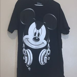 Disney Mickey Mouse headset T-shirt